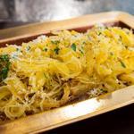 Печёная тыква спагетти с пармезаном и трюфельным маслом