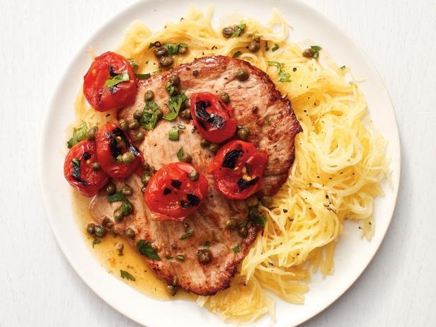 Фотография блюда - Скалопини из свинины с тыквой-спагетти