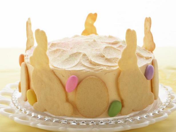 Фотография блюда - Лимонно-малиновый пасхальный торт