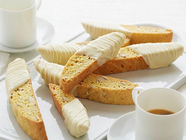 Фотография блюда - Бискотти с миндалём, лимонной ноткой и глазурью