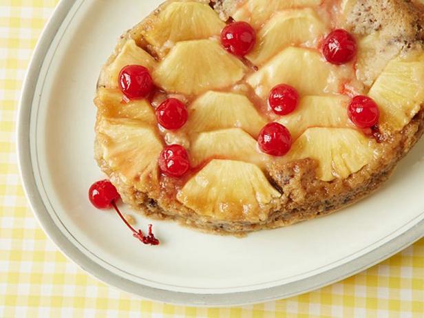 Фото Ананасовый пирог-перевёртыш в медленноварке