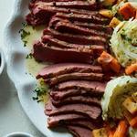 Рагу из говядины с капустой и корнеплодами в мультиварке