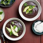 Суп-пюре из чёрной фасоли в мультиварке