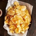 Картофельные чипсы с розмарином и оливковым маслом