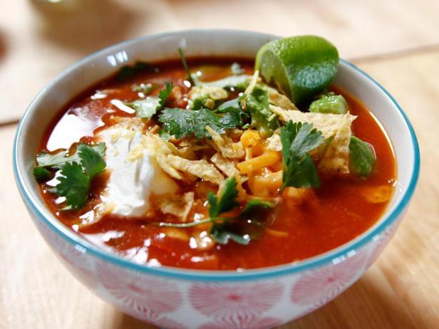 Фотография блюда - Мексиканский куриный суп в медленноварке
