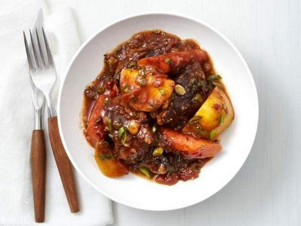 Фотография блюда - Мясное рагу по-карибски в медленноварке