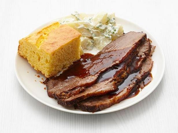 Фотография блюда - Говяжья грудинка в соусе барбекю в медленноварке