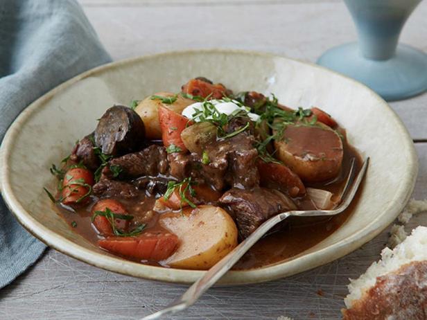 Фотография блюда - Рагу из говядины в мультиварке