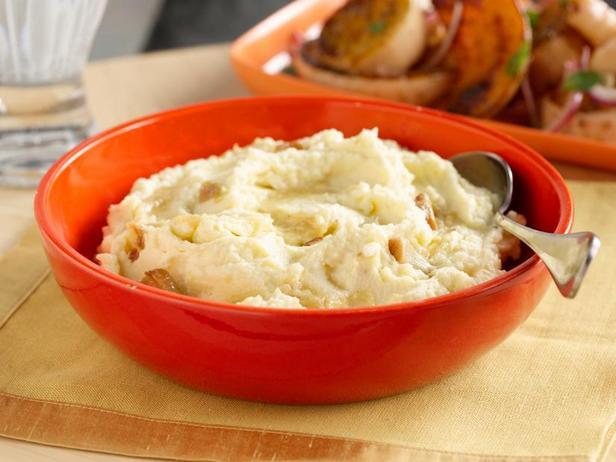Фото Бескомпромиссное картофельное пюре с печёным чесноком