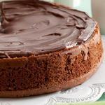 Шоколадный пирог с карамелью и мятной пропиткой