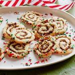 Печенье «Спиральки» с вишнёво-фисташковой начинкой