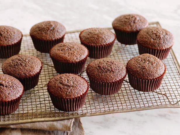 Фото Домашняя сухая смесь для шоколадного бисквита