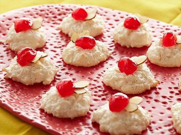 Фото Пирожные «Миндальные снежки»