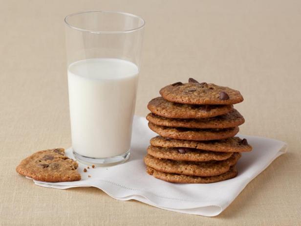 Фото Печенье с кусочками шоколада – лайт-версия