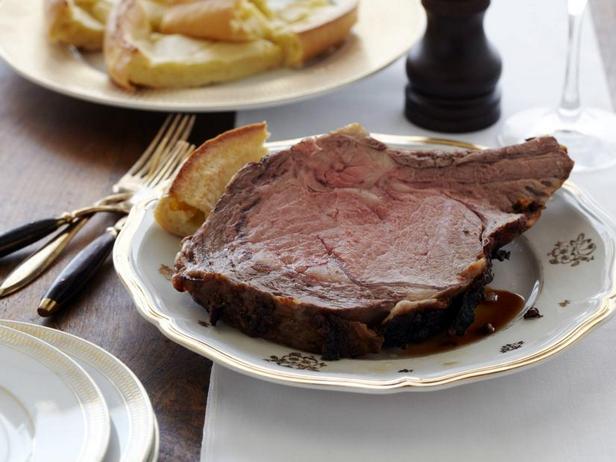 Фото Жаркое из говядины с йоркширским пудингом