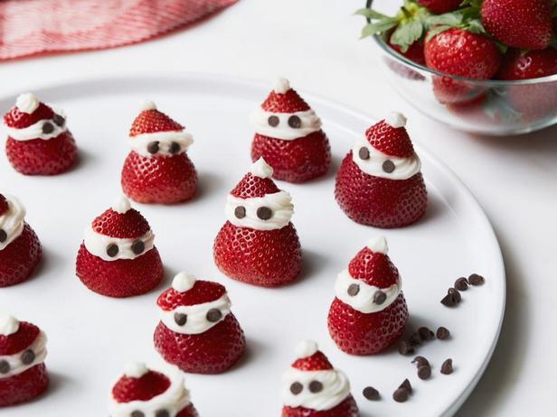 Фото Санта-Клаусы из клубники