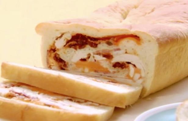 Фото Рулет с курицей и сыром