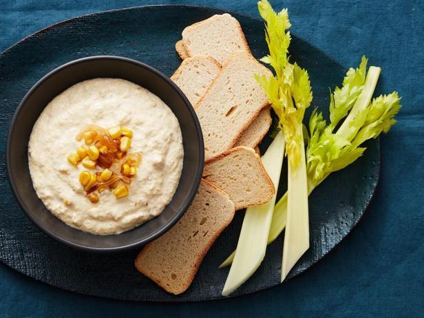 Фото Кремовый дип-соус с кукурузой