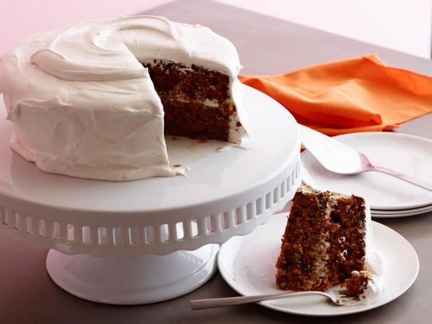 Фото Морковный торт со сливочно-зефирной глазурью