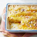 Сладкая лазанья с яблоками и курагой на завтрак