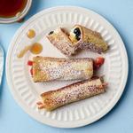 Французские тосты в виде рулетиков