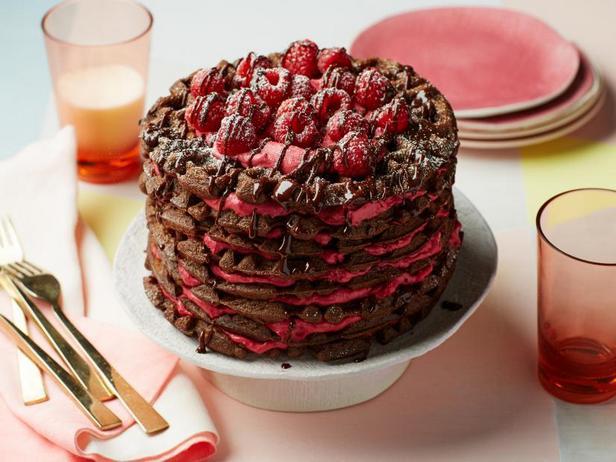 Фото Шоколадный вафельный торт с творожным кремом