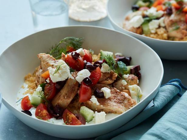 Фотография блюда - Боул с курицей и кус-кусом в мультиварке
