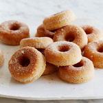 Пончики с корицей в духовке