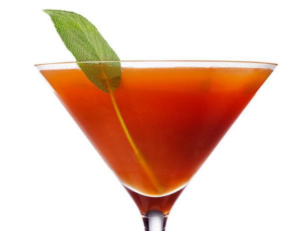 Фотография - Холодный чай с виски и шалфеем
