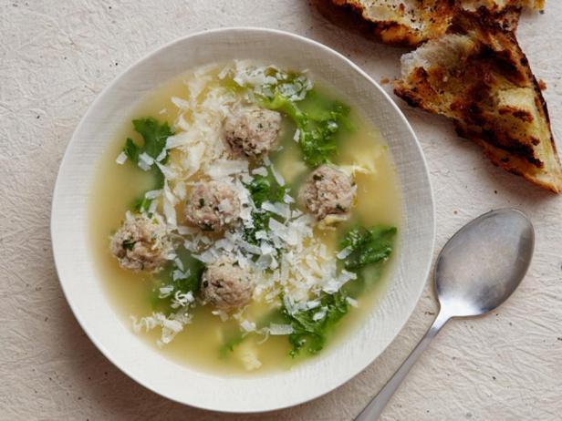 Фотография блюда - Итальянский свадебный суп