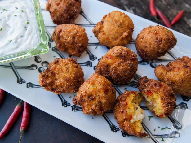 Фотография блюда - Хашпаппи из омаров с кремом из хрена