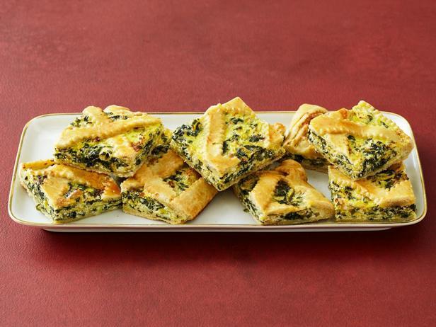 Фотография блюда - Тарт с начинкой из тыквы и шпината