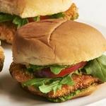Слайдер-сэндвичи с курицей по-милански