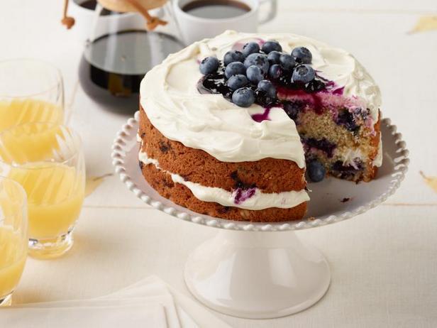 Черничный торт на завтрак
