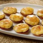 Крошечные пирожные крем-брюле