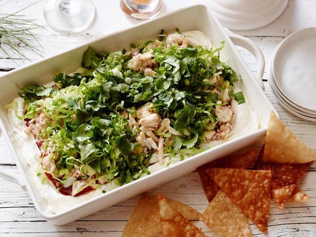 Фотография блюда - Многослойный соус-дип со вкусом крабовых рангунов