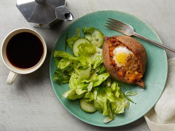 Фото Дважды запечённый батат к завтраку (диета Whole30)