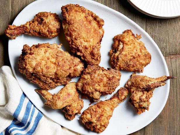 Фото блюда - Жареная курица, маринованная в простокваше