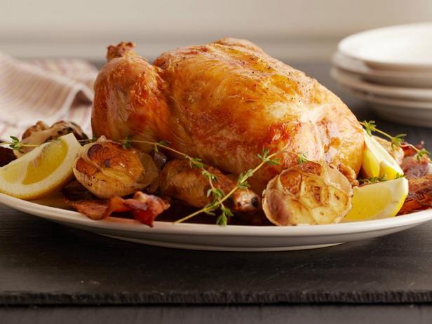 Фото блюда - Курица, запеченная с лимоном и чесноком