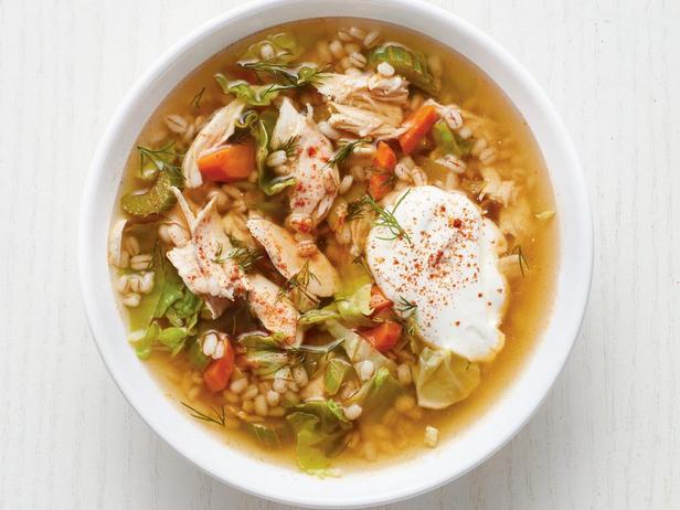 Фотография блюда - Перловый суп с курицей