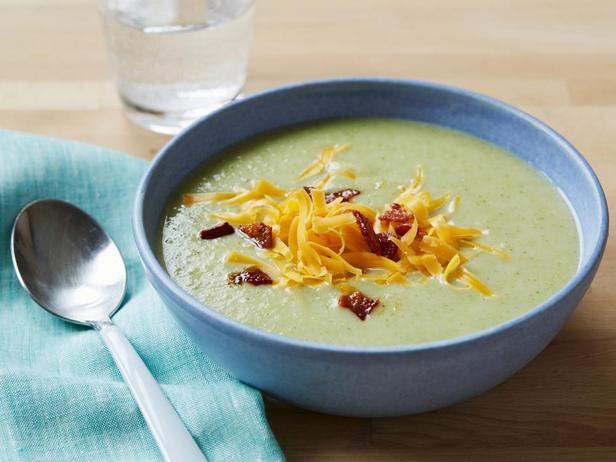 Фотография блюда - Крем-суп из брокколи