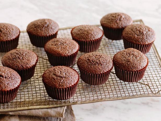 Фотография блюда - Домашняя сухая смесь для шоколадного бисквита