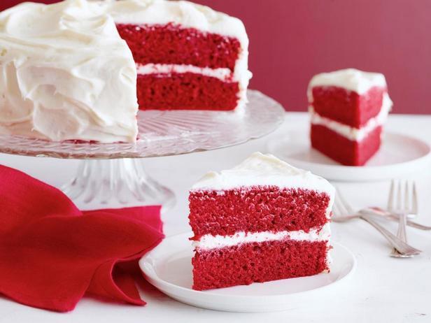 Фотография блюда - Домашний торт «Красный бархат»