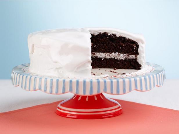 Фотография блюда - Шоколадный торт с маршмэллоу