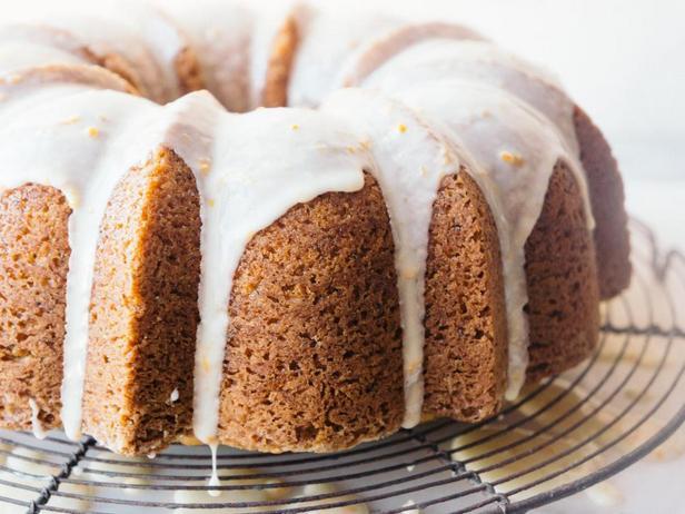 Фотография блюда - Апельсиново-маковый праздничный кекс
