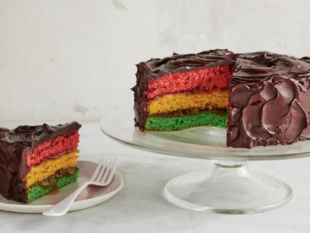 Фотография блюда - Итальянский радужный торт
