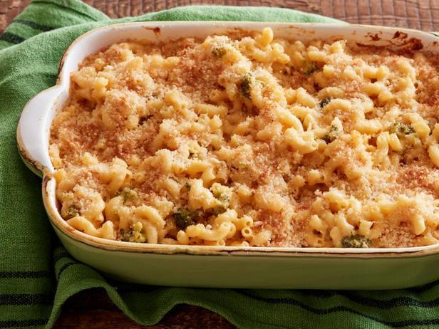 Фото блюда - Мак-н-Чиз - макароны с брокколи и сыром