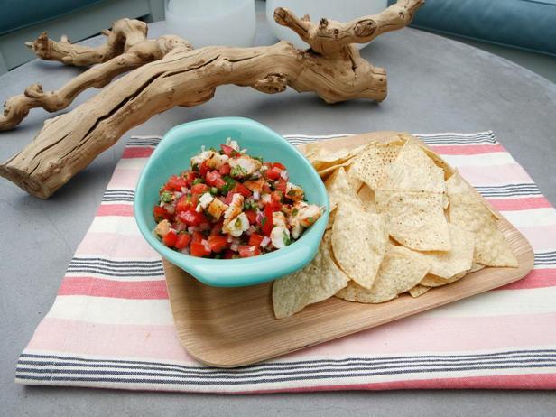 Фотография блюда - Соус Пико-де-гальо с креветками