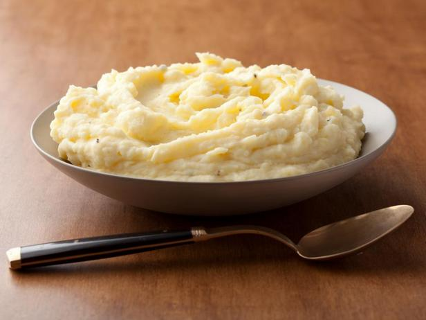 Фотография блюда - Картофельное пюре со сметаной