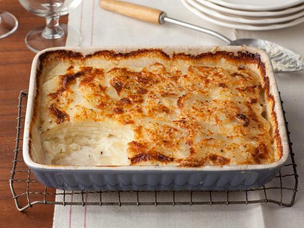 Фотография блюда - Картофельный гратен с сыром